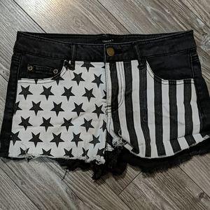 ⭐BOGO⭐ Forever 21 Americana Black& White Shorts